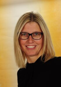Mag.a Dr.in Angelika Heiling-Meltsch :