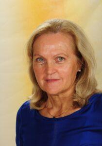 Mag.a Brigitte Krammer :